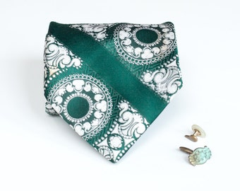 Wide Tie - Vintage Spearmint Green Damask