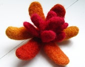 Handknit felted flower pin in ORANGE and RED