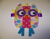 Owl Taggie toy that crinkles Handmade Infant Toy Mixed primary colors Free Shipping Baby Toy