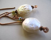 Prospera's Pearl Earrings