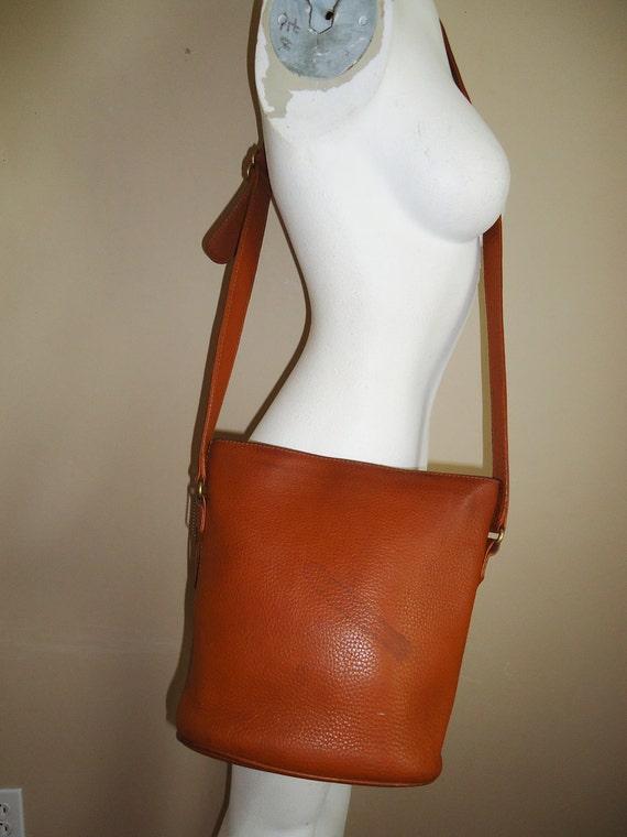 vintage coach leather brown authentic distressed bucket shoulder handbag