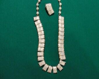 Vintage coro   lucite  necklace