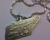 16 1/2 s/p Chain with Sterling Silver Tennessee Pendant Charm