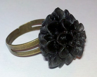 CLOSEOUT - Adjustable Antique Brass Ring with Black Flower