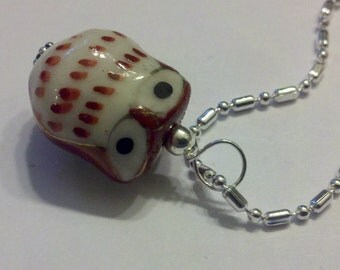 1 SS Wired Rust / Brown Cutesy Porcelain Owl Pendant on a S/P Dot Dash Chain