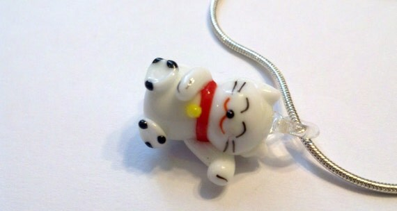 1 cute white lampwork Kitty pendant necklace