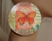 Butterfly Round Earrings