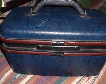 Vintage Navy Blue Samsonite Travel Case 1987 Train Case Luggage SALE REDUCED