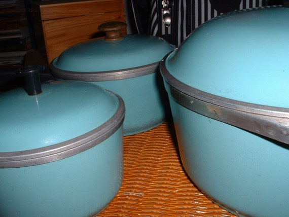 Vintage Club Aluminum Turquoise Cookware Set By