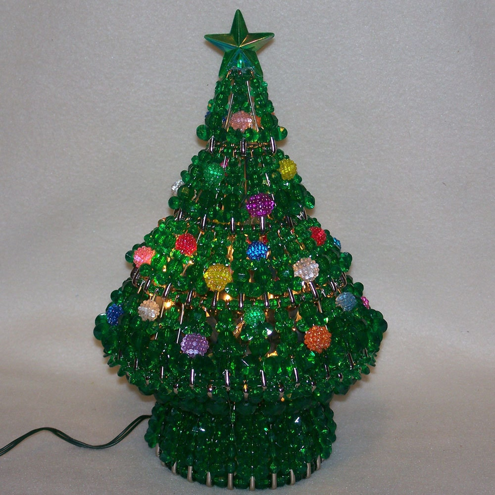 Lighted Berry Bead Christmas Tree