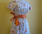 Floral 90s Two-Tiered Boat Neck Dress with Orange Belt S\/M