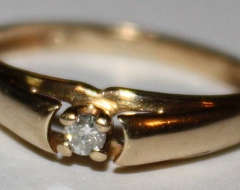 Vintage Diamond Ring 10K Yellow Gold Ring
