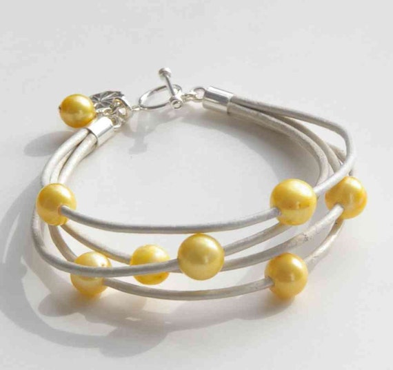 Leather Pearl Bracelet. Multistrand. Freshwater Pearl, White Metallic Leather, Yellow Pearl, Cuff, Sterling Silver Toggle, Wedding, Sun
