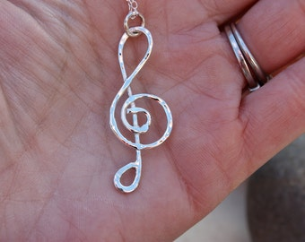 Treble Clef sterling silver handmade necklace. Musical note. Music necklace. Silver Wire Hammered design. Music Jewelry