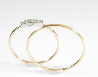 18K  Sappho and Sol set in White or Yellow Gold