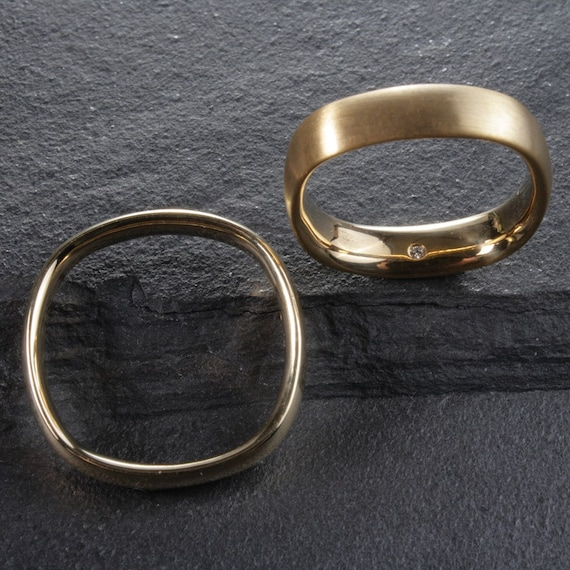 14K Arc 4mm Wedding Band