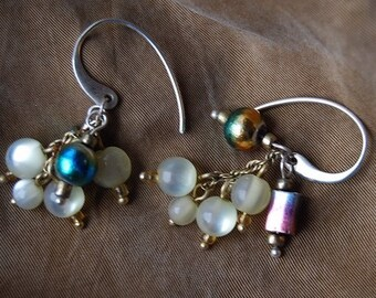 Earrings Cluster subtle lime colored beads women's very Virescence blues green purples chocolate