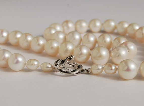 Pearl Necklace 10mm Cultured Freshwater Strand of pearls sterling clasp, wedding day, classic pearls