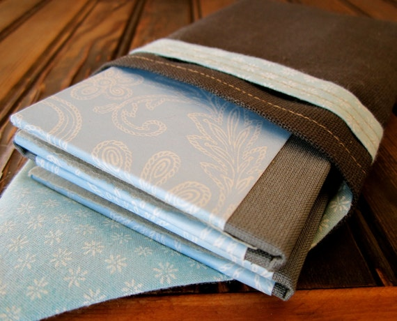 Brag Book for 4 Wallet Photos, Baby Blue and Gray