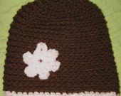 Brown beanie with light pink flower