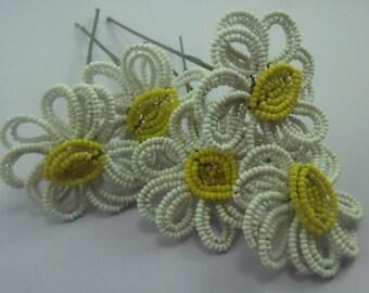 Daisies Beaded Wire Vintage Flowers