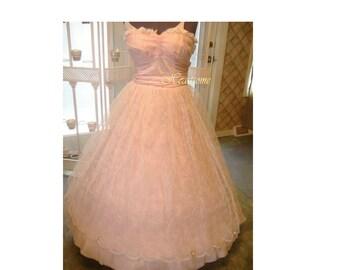 Stunning 50's formal dress pink scalloped hem net leaves