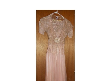Vintage 40s 50s dress formal gown pink floral lace champagne pink gold