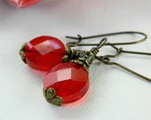 Red Earrings - Vintage Look - Faceted Glass Beads, Rustic, Antiqued, Bronze, Brass, Old look, Brown, Round, Love