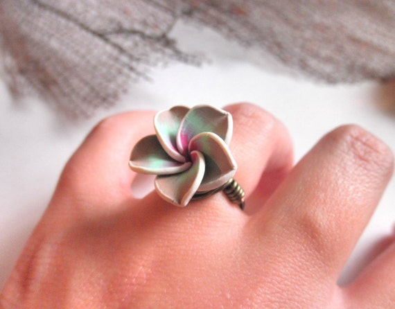 Handmade Wire Wrapped RING Size 5 - Polymer Flower Bead - Rose, Almond, Green, Mint, White, Light Brown, Gun Metal, Brass, Otter Brown, Bronce, Rustic, Autumn, Shadow, Dark, Fall