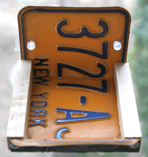 RECYCLED Wood and NY New York License Plate Window Bird Feeder Kitchen Rack With Two Suction Cups Great gift for your NY friends