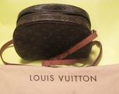 Authentic Louis Vuitton Vintage Monogram  Bag
