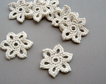 10 Crochet Applique Flowers -- 1-3/8 inch Diameter, in Natural Beige