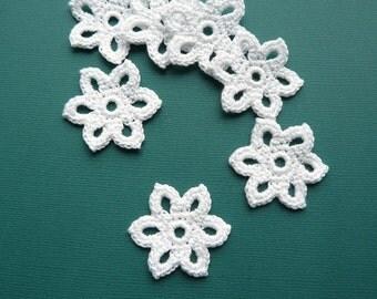 10 Crochet Applique Flowers -- 1-3/8 inch Diameter, in White