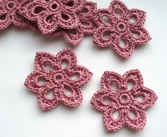8 Crochet Flower Appliques -- 2 inch Diameter, in Dusty Rose