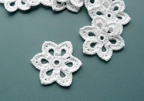 3 Crochet Flower Appliques -- 2 inch Diameter, in White