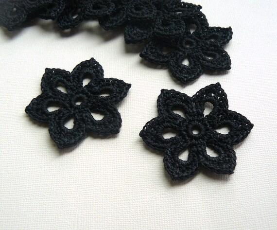 5 Crochet Flower Appliques -- 2 inch diameter, in Black
