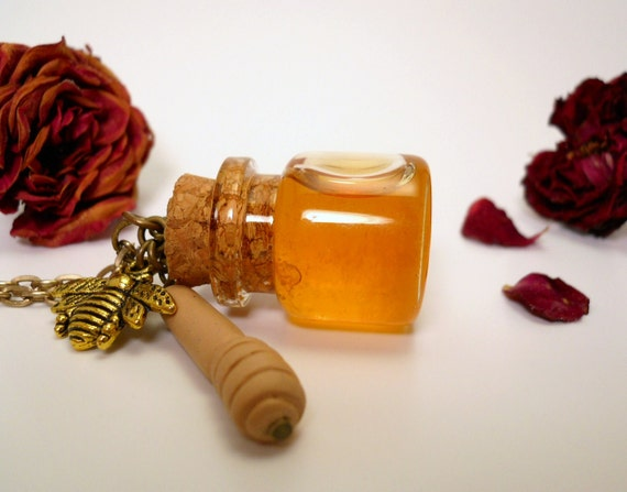 Honey Pot - Real Honey Glass Bottle Charm with bee and dipper
