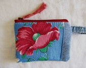 Recycled Blue Jeans Pouch, Mini Change Purse, Change Pouch, Vintage Cotton, Poppies, Upcycled Denim Zipper Pouch, Pink and Blue