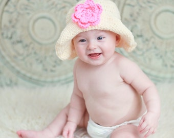 Brimmed hat with flower for 12 - 24 month old