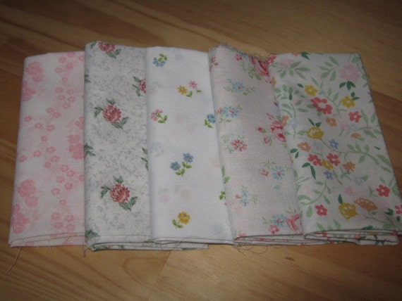 Vintage Sheet Very Fat Quarters Pack of 5-Small Floral