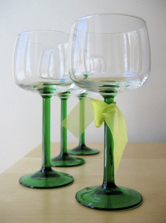 emerald green, french wine glasses, vintage Luminarc glassware