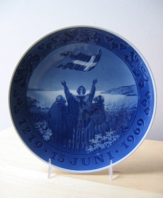 miracle in the sky, danish flag commemorative plate, royal copenhagen blue plate