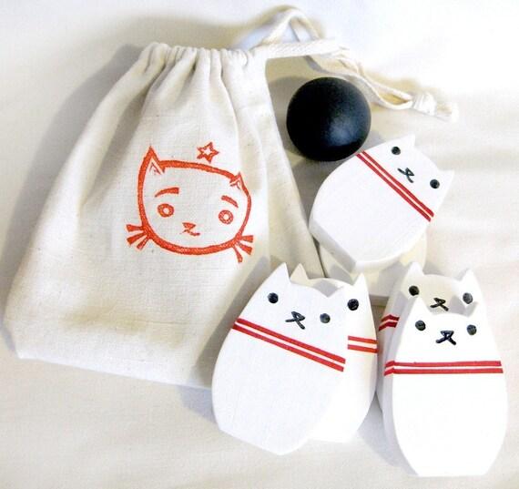 Bowling Kitty Wood Toy Set - White