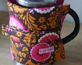 Cafetiere Coffee Cosy - hot floral with candy pink felt