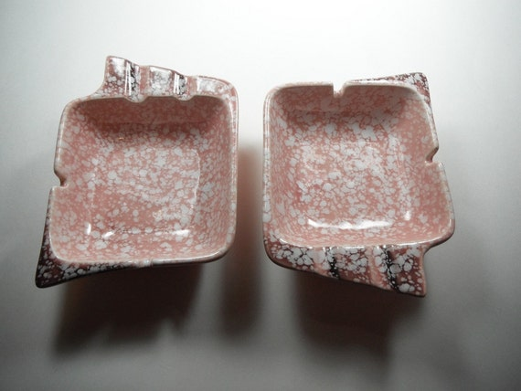 Vintage 1950s Space Age Ashtrays Pottery Made In USA Pink Brown White Splatter Retro