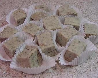 Mint Oreo Cookie Fudge - 8 oz. Container Plus