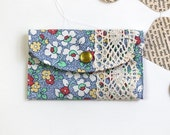 Mini Wallet Card Holder - Fabric Credit Card Wallet for Women - 30's Floral n' Lace
