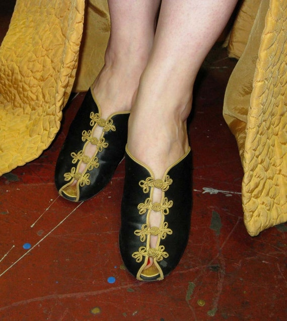 Sex Kitten Peep Toe 40S Asian Slippers Size 6-5097