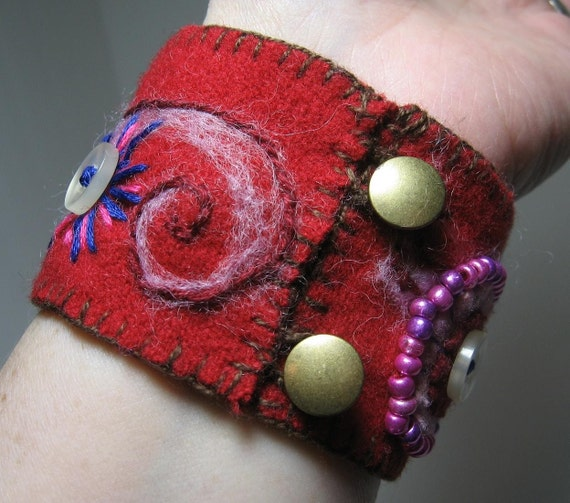 Wool Felt Cuff/Bracelet - Hand stitched with Heart Motif