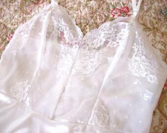 """Vintage Full Slip - Whie Slip - White Lace Slip - Sheer Lace Bodice Slip - Vanity Fair - Classic Slip - Gift for Her - Bust 34"""" - Tenderlane"""
